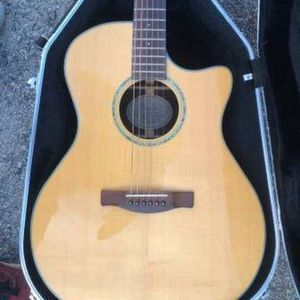 Fender Classic 4 Acoustic Quitar (Case Included)